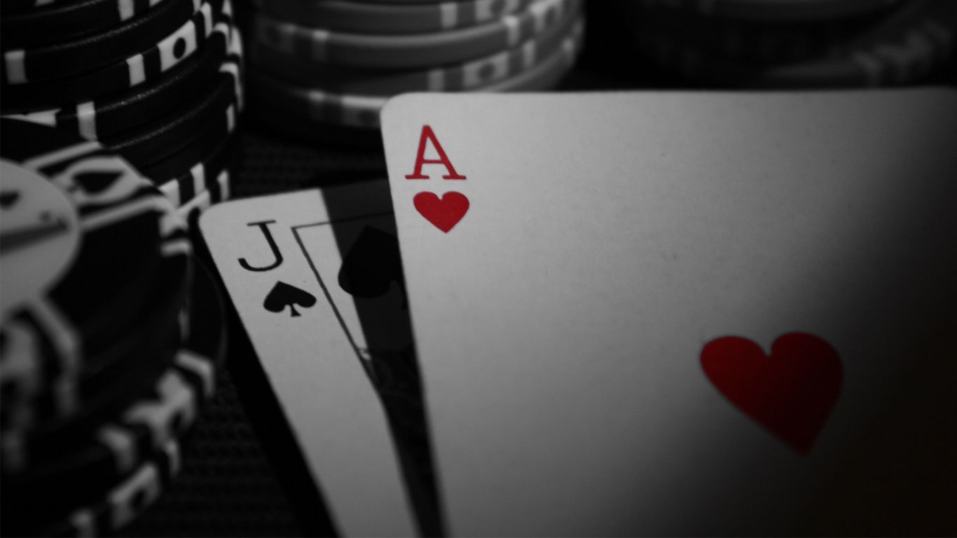 Key Ways The Professionals Use For Gambling Tips