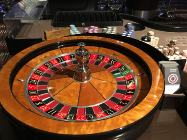 Ridiculously Easy Ways To improve Your Casino